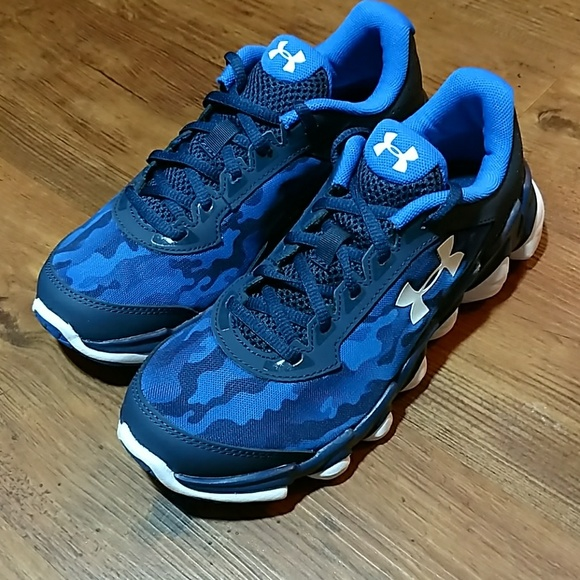 14f39d9046cce Under Armour Shoes | Nwt Bgs Spine Disrupt Camo Sz 45 | Poshmark